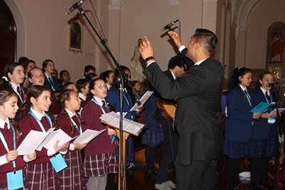 images of school choirs - Mass Image 2